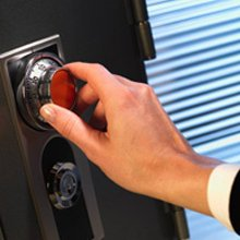 Advantage Locksmith Store Beaumont, CA 909-312-4639